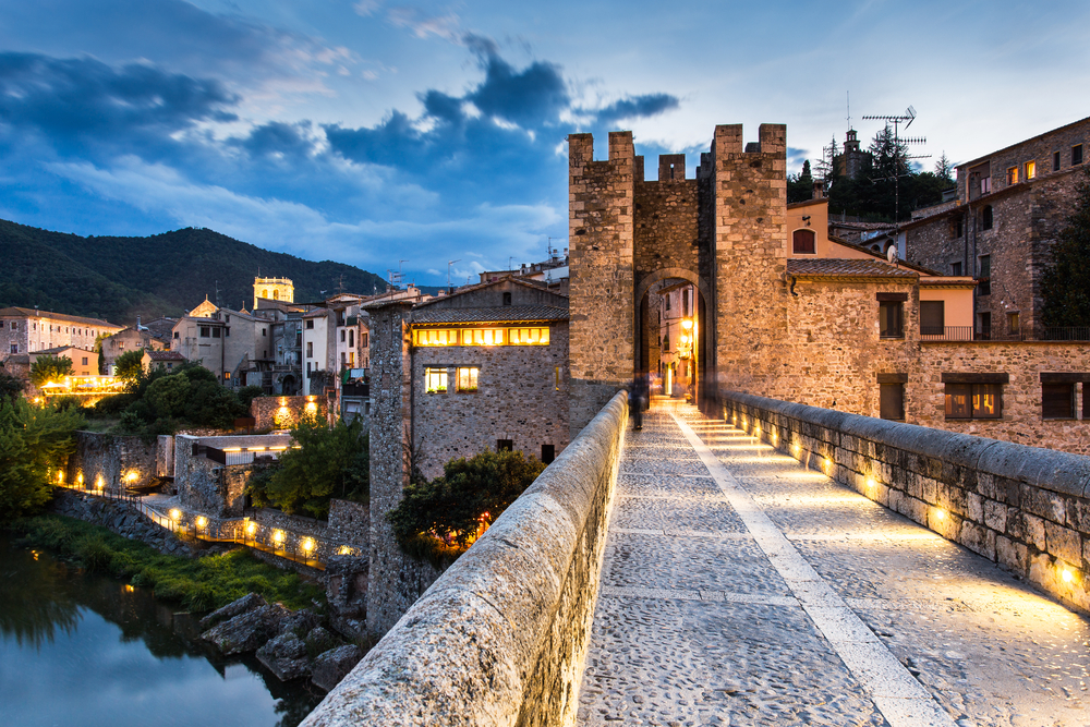 Travel Europe – Bewitched by Besalu