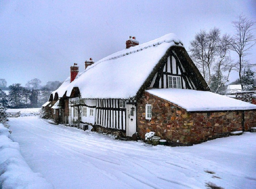Recharge Your Batteries With a Cosy Country Retreat This New Year